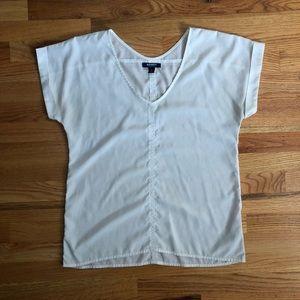 Old Navy white lightweight vneck blouse M